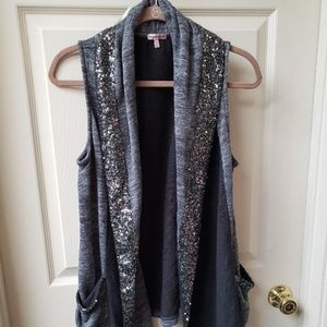 Juicy Couture gray sequined kimono vest with pocke